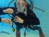dykutbildning-med-atlantis-dive-college-i-jonkoping-i-rosenlundsbadet-25